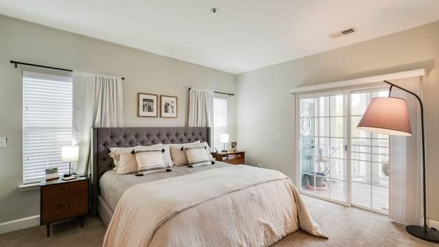 7005 Lenox Village Dr C-10, Nashville, TN 37211 (MLS #RTC2207859) :: Kimberly Harris Homes