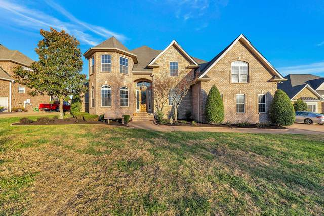 1036 Somerset Downs Blvd, Hendersonville, TN 37075 (MLS #RTC2208242) :: Village Real Estate