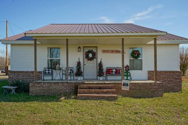 1231 Mattox Town Rd, Lawrenceburg, TN 38464 (MLS #RTC2211994) :: Village Real Estate