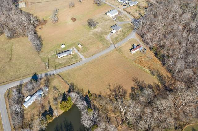 2225 Shelton Ferry Rd, Southside, TN 37171 (MLS #RTC2217128) :: Christian Black Team