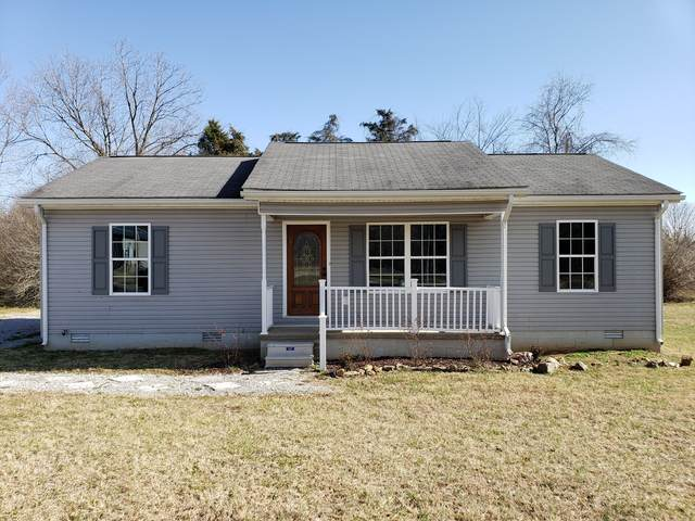 824 Windsor Ave, Lawrenceburg, TN 38464 (MLS #RTC2222585) :: Nashville on the Move