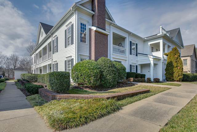 211 Grant Park Dr #211, Franklin, TN 37067 (MLS #RTC2227362) :: Berkshire Hathaway HomeServices Woodmont Realty