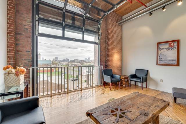 1350 Rosa L Parks Blvd #404, Nashville, TN 37208 (MLS #RTC2234547) :: Nashville on the Move