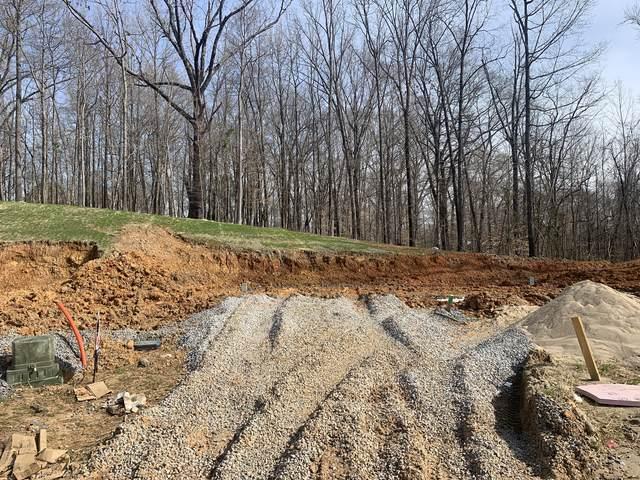 27 Woodland Hills, Clarksville, TN 37040 (MLS #RTC2235521) :: Real Estate Works