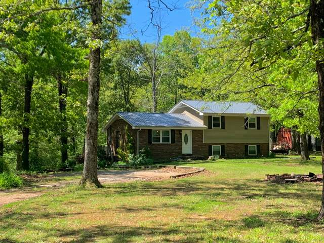 1067 Twin Pine Rd, Dickson, TN 37055 (MLS #RTC2245708) :: Nashville on the Move