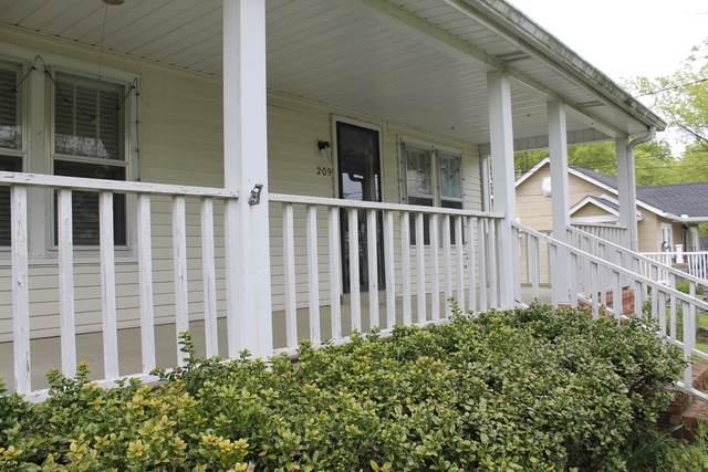 209 W Cedar Street, Goodlettsville, TN 37072 (MLS #RTC2247562) :: Nashville Home Guru