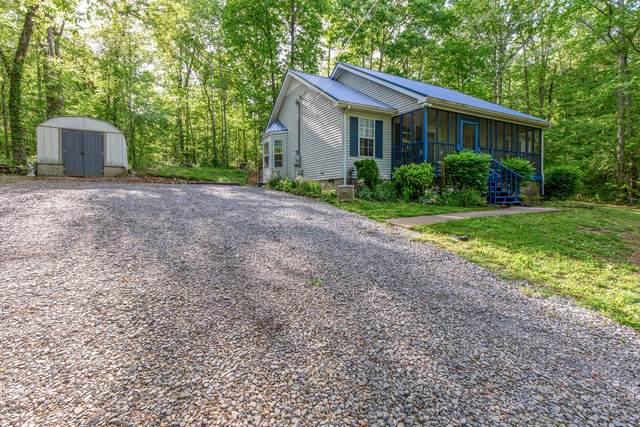 136 Oakwood Cir, Dickson, TN 37055 (MLS #RTC2249211) :: Village Real Estate