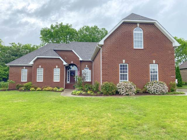2111 Higgins Lane, Murfreesboro, TN 37130 (MLS #RTC2249304) :: Village Real Estate