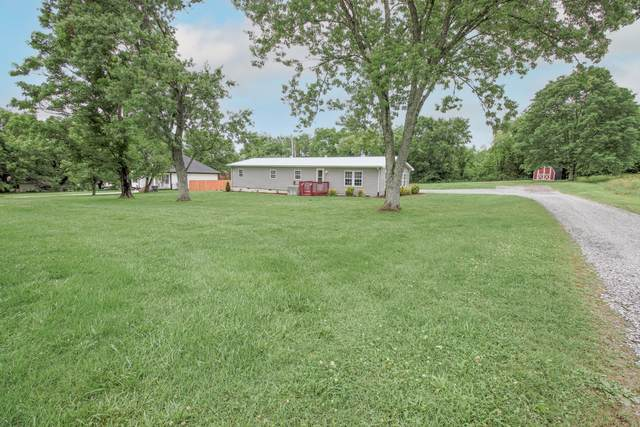 213 Corum Hill Rd, Castalian Springs, TN 37031 (MLS #RTC2252832) :: Village Real Estate