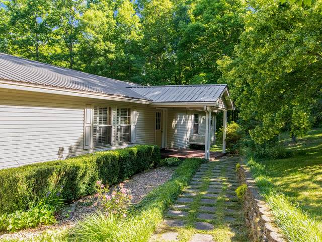 1165 Timber Ridge Rd, Charlotte, TN 37036 (MLS #RTC2255301) :: RE/MAX Homes and Estates, Lipman Group