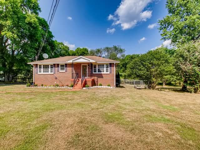 1717 Hudson Rd, Madison, TN 37115 (MLS #RTC2262937) :: DeSelms Real Estate