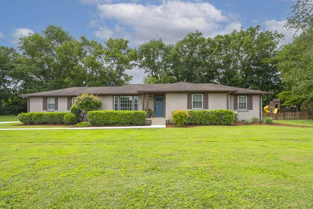 9023 Meadowlawn Dr, Brentwood, TN 37027 (MLS #RTC2268908) :: FYKES Realty Group
