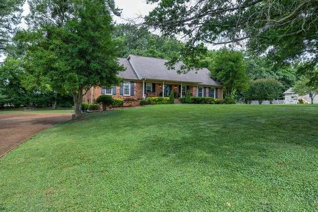 2219 Oakwood Rd, Franklin, TN 37064 (MLS #RTC2271021) :: Nashville on the Move