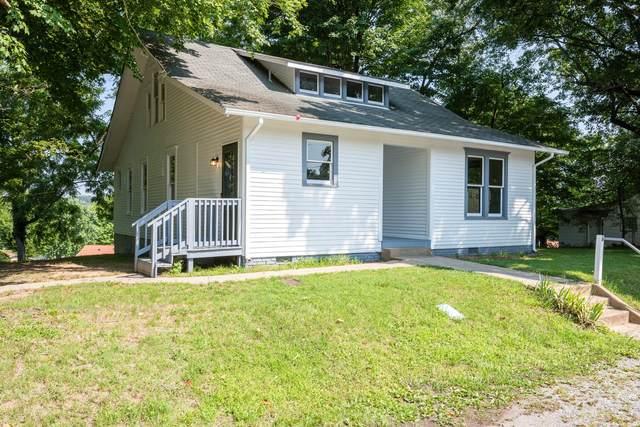 516 N Main St, Dickson, TN 37055 (MLS #RTC2271512) :: Village Real Estate