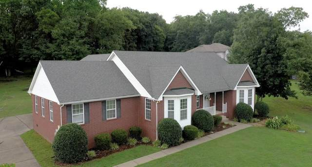 827 Ridgetop Dr, Mount Juliet, TN 37122 (MLS #RTC2272349) :: Village Real Estate