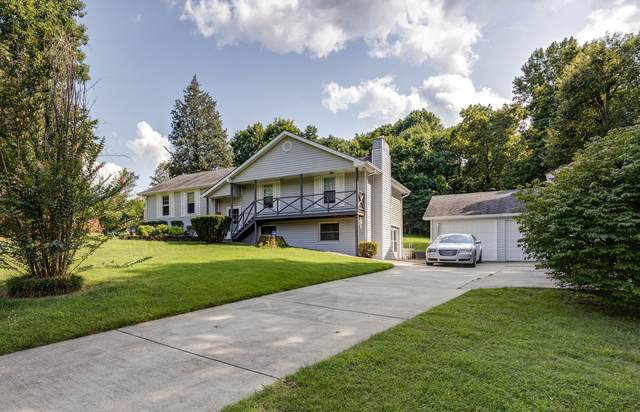 1004 Red Oak Dr, Greenbrier, TN 37073 (MLS #RTC2272864) :: Nashville on the Move