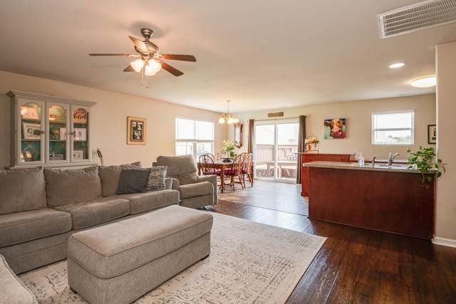 2212 Carpenter Bee Dr, Columbia, TN 38401 (MLS #RTC2274260) :: Village Real Estate