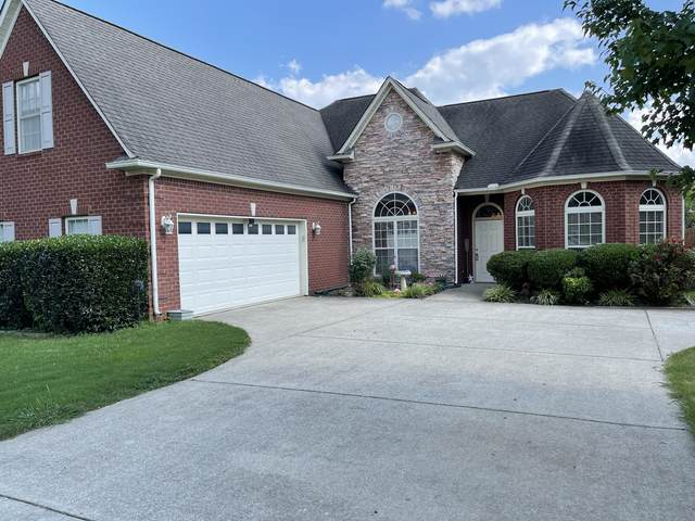 1067 Nealcrest Cir, Spring Hill, TN 37174 (MLS #RTC2275441) :: FYKES Realty Group