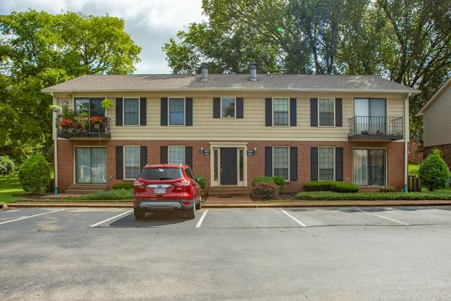 5801 Brentwood Trce, Brentwood, TN 37027 (MLS #RTC2285396) :: Kimberly Harris Homes