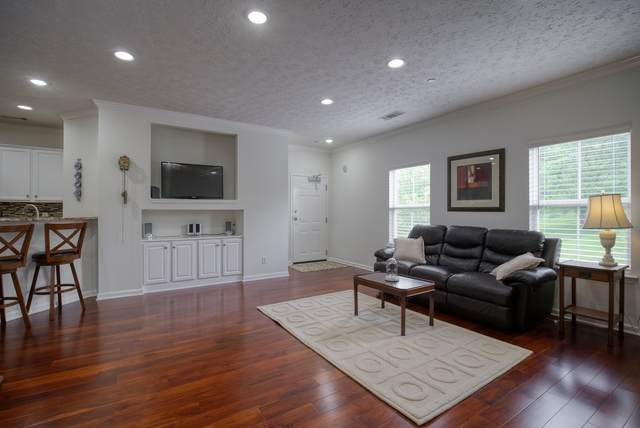 1023 Park Run Dr, Franklin, TN 37067 (MLS #RTC2288823) :: Morrell Property Collective | Compass RE