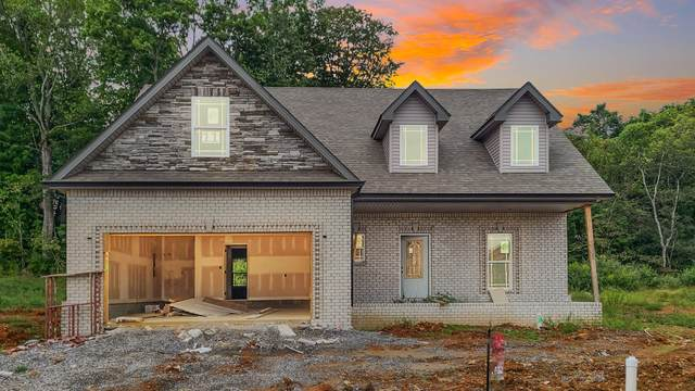 11 River Chase, Clarksville, TN 37043 (MLS #RTC2292327) :: DeSelms Real Estate