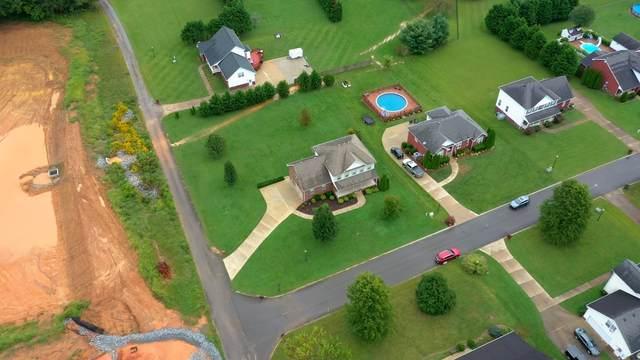3331 E Felts Rd, Pleasant View, TN 37146 (MLS #RTC2292365) :: Village Real Estate