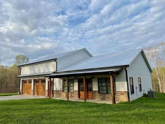 1319 Petty Rd, Charlotte, TN 37036 (MLS #RTC2293403) :: Village Real Estate