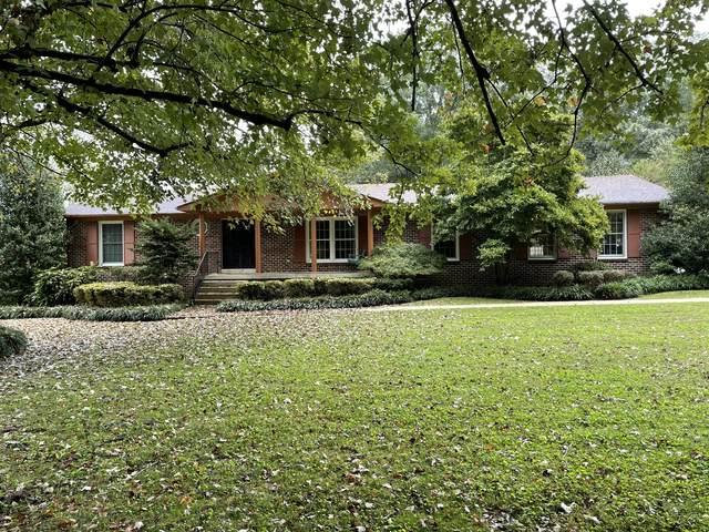 204 Lake Circle Dr, Tullahoma, TN 37388 (MLS #RTC2297953) :: Village Real Estate