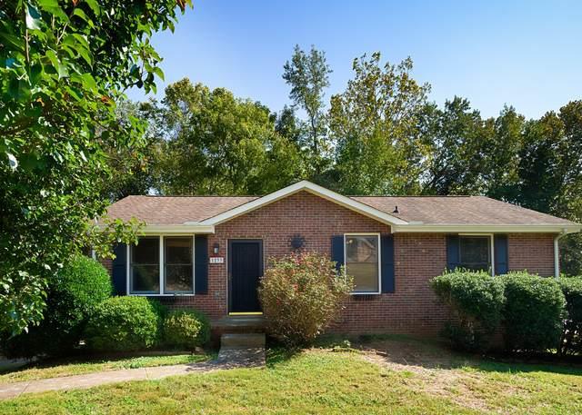 1233 Cottonwood Dr, Clarksville, TN 37040 (MLS #RTC2298557) :: Felts Partners