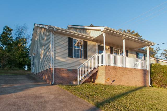 353 Donna Dr, Clarksville, TN 37042 (MLS #RTC2299428) :: The Home Network by Ashley Griffith