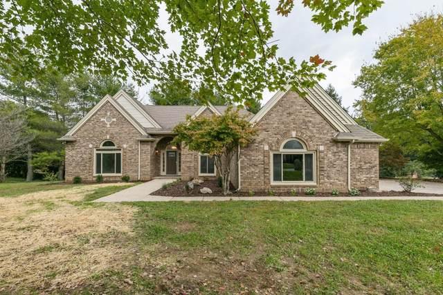 2213 Foxfire Rd, Clarksville, TN 37043 (MLS #RTC2301638) :: Amanda Howard Sotheby's International Realty