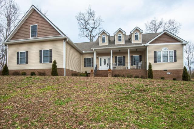 102 Hillside Dr, Dickson, TN 37055 (MLS #2001328) :: DeSelms Real Estate