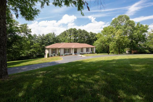 2221 Castlewood Dr, Franklin, TN 37064 (MLS #RTC2049073) :: CityLiving Group