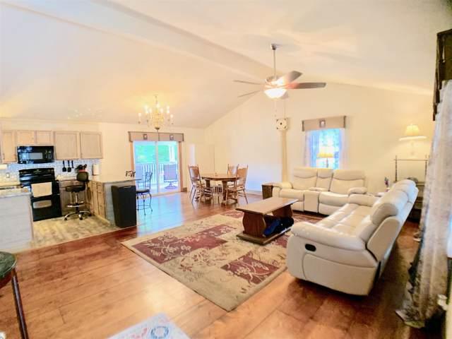 205 S Hummingbird Ln, Dickson, TN 37055 (MLS #RTC2063752) :: Village Real Estate