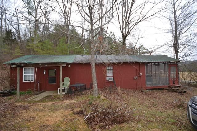 6890 Roan Creek Rd, Lobelville, TN 37097 (MLS #RTC2117592) :: Village Real Estate