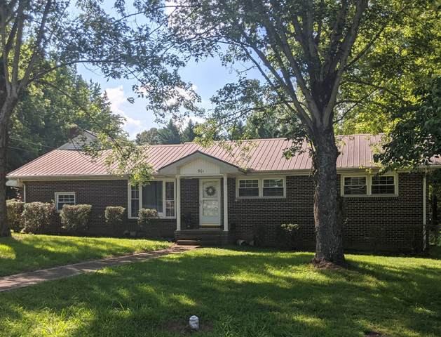 901 Sycamore Dr, Manchester, TN 37355 (MLS #RTC2160757) :: Village Real Estate