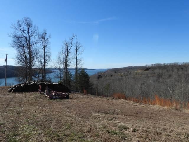 26 River Trace Drive, Dover, TN 37058 (MLS #RTC2184524) :: Village Real Estate