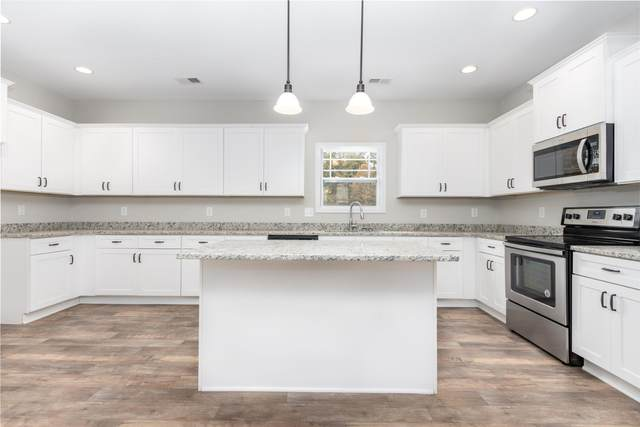 494 West Creek Farms, Clarksville, TN 37042 (MLS #RTC2228782) :: Trevor W. Mitchell Real Estate