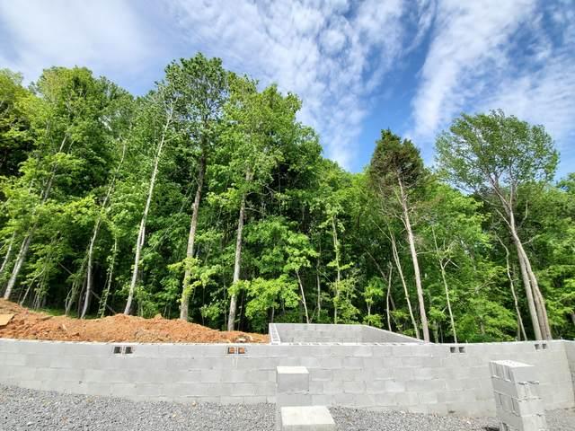 5 Glenstone Village, Clarksville, TN 37043 (MLS #RTC2235707) :: Team Wilson Real Estate Partners