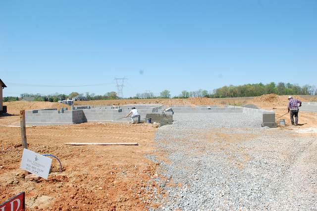 374 Wellington Fields, Clarksville, TN 37043 (MLS #RTC2236261) :: Maples Realty and Auction Co.