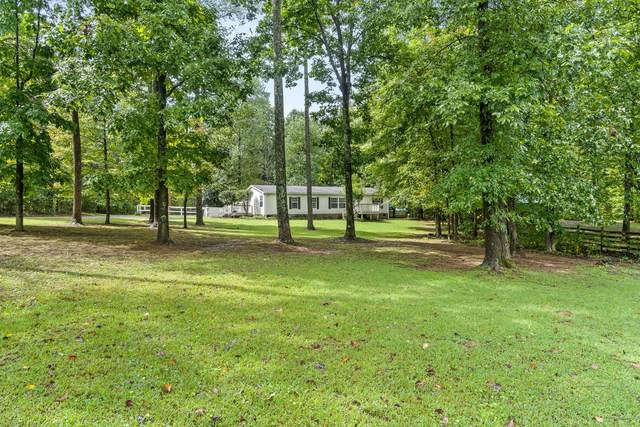 832 Jump Off Rd, Bon Aqua, TN 37025 (MLS #RTC2290275) :: Your Perfect Property Team powered by Clarksville.com Realty