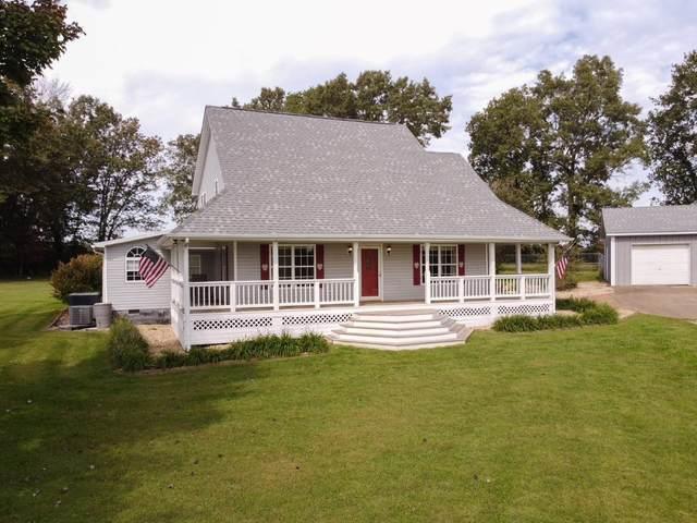 2517 Summer Oaks Cir, Summertown, TN 38483 (MLS #RTC2293297) :: John Jones Real Estate LLC