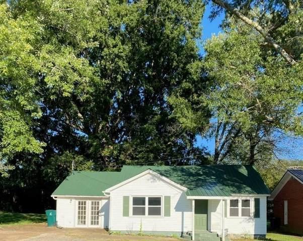 403 N Oak St, Hohenwald, TN 38462 (MLS #RTC2293789) :: John Jones Real Estate LLC