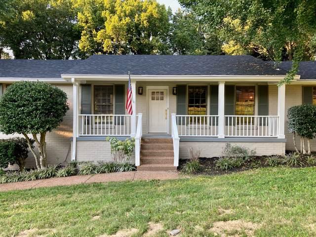 215 London Ln, Franklin, TN 37067 (MLS #RTC2294446) :: Nashville Home Guru