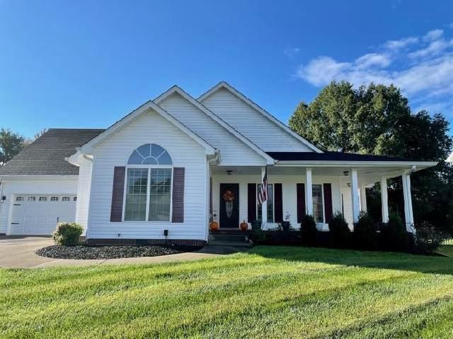 946 Willow Cir, Clarksville, TN 37043 (MLS #RTC2294890) :: John Jones Real Estate LLC