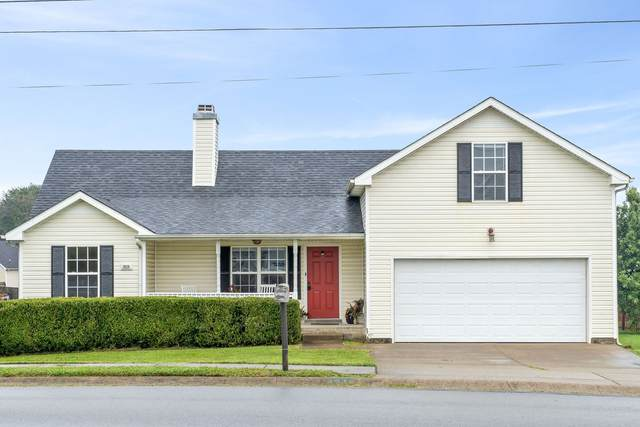 3828 Man O War Blvd, Clarksville, TN 37042 (MLS #RTC2294933) :: The Home Network by Ashley Griffith