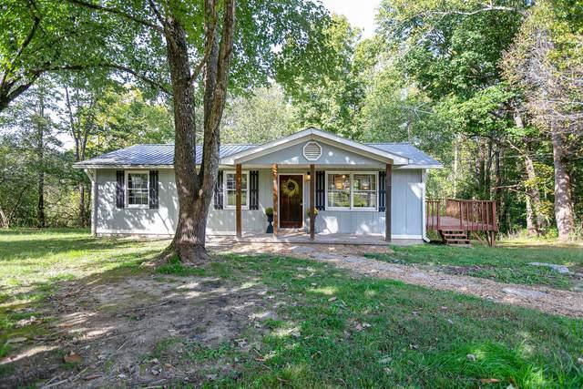 5890 Davis Hollow Rd, Franklin, TN 37064 (MLS #RTC2301416) :: The Godfrey Group, LLC