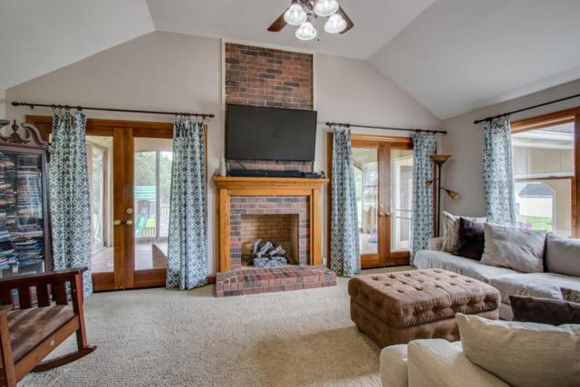 32 Crescent Blvd, Carthage, TN 37030 (MLS #1936927) :: DeSelms Real Estate
