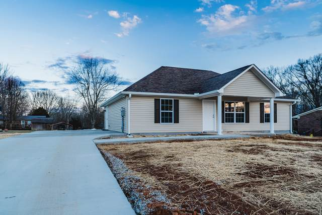820 Violet Ave, Lawrenceburg, TN 38464 (MLS #RTC2203996) :: FYKES Realty Group