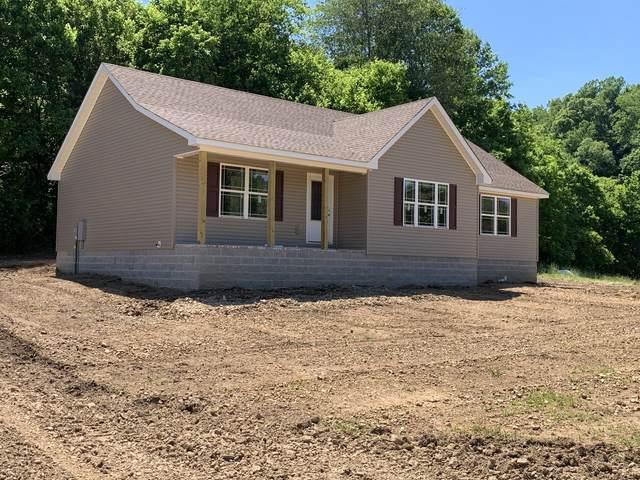100 Leo Whitley Rd, Lafayette, TN 37083 (MLS #RTC2242512) :: Trevor W. Mitchell Real Estate